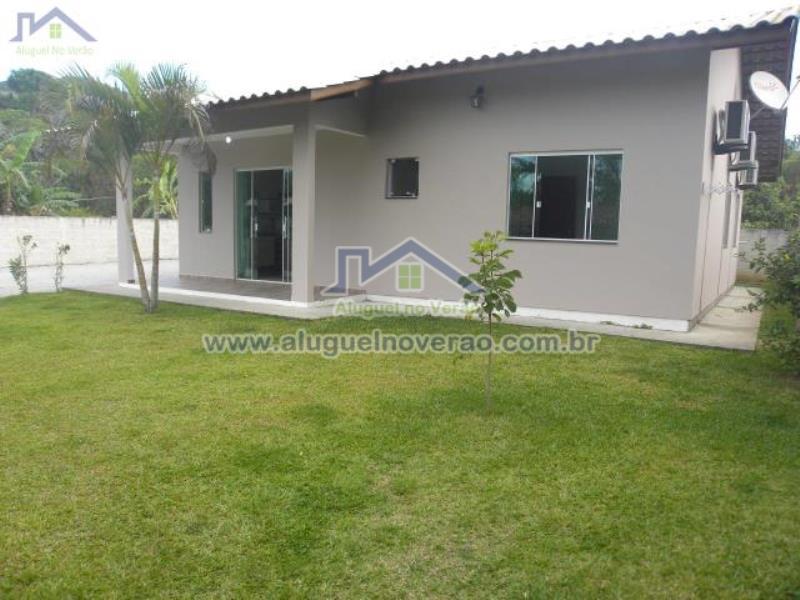 Casa Codigo 3036 para temporada no bairro Ponta das  Canas na cidade de Florianópolis Condominio