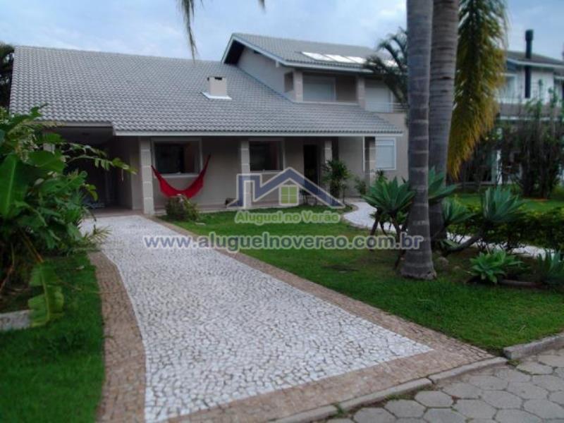 Casa Codigo 4002 para temporada no bairro Cachoeira do Bom Jesus na cidade de Florianópolis Condominio