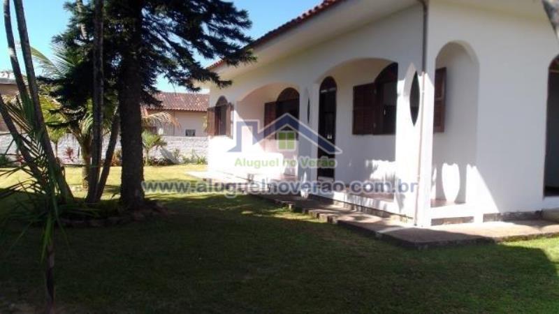 Casa Codigo 3045 para temporada no bairro Ponta das  Canas na cidade de Florianópolis Condominio