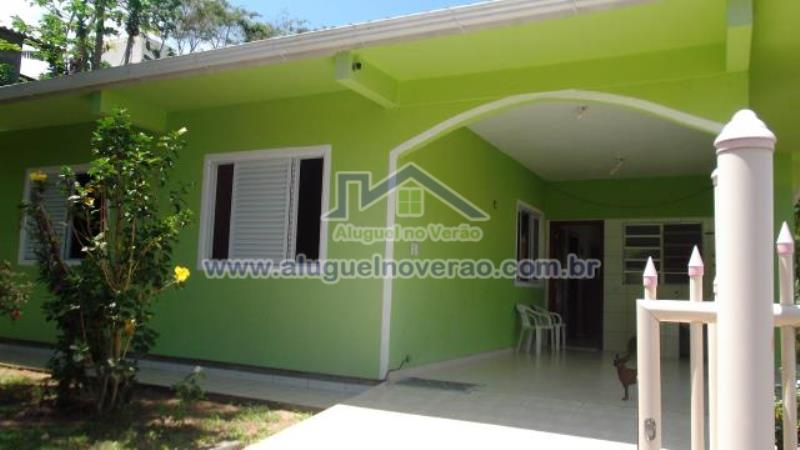 Casa Codigo 2057 para temporada no bairro Lagoinha na cidade de Florianópolis Condominio