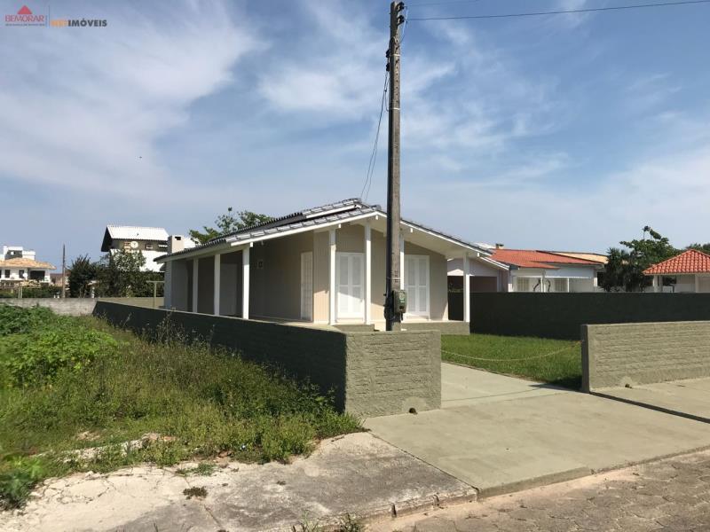 Casa-Codigo 10011-a-Venda-no-bairro-Centro-na-cidade-de-Balneário Rincão
