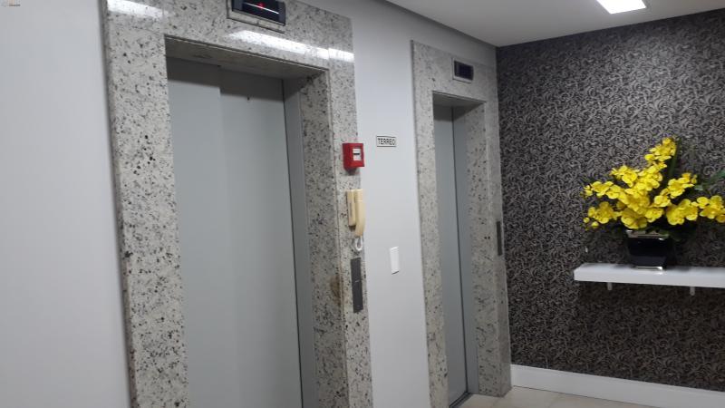 acesso aos elevadores