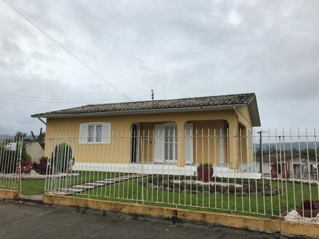 Casa-Codigo 8241-a-Venda-no-bairro-Vila Floresta-na-cidade-de-Criciúma