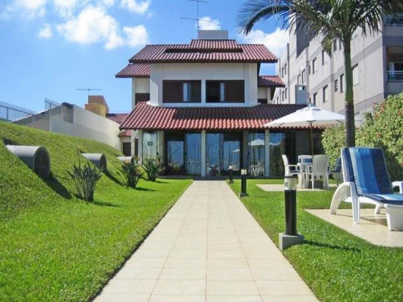 Casa Código 7672 para Venda no bairro Cachoeira do Bom Jesus na cidade de Florianópolis