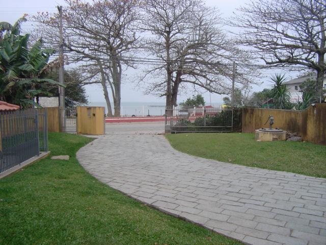 Casa Código 8172 para Venda  no bairro Sambaqui na cidade de Florianópolis