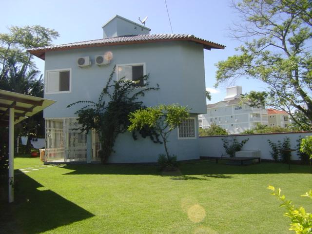 Casa Código 8615 para Temporada no bairro Jurerê na cidade de Florianópolis