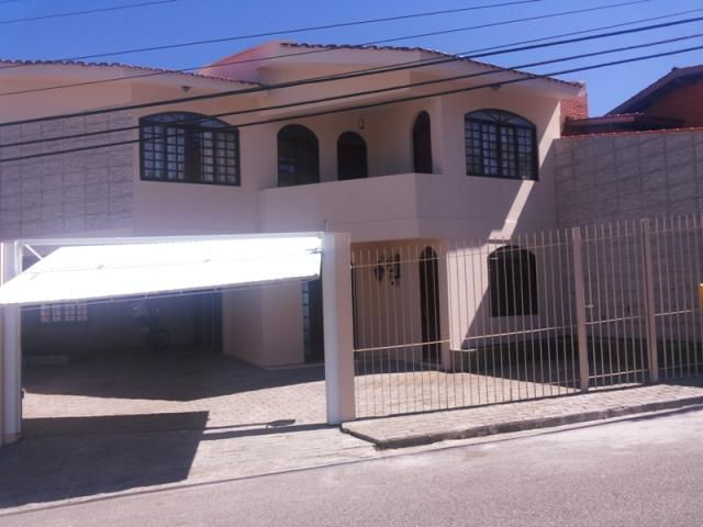 Casa Código 9340 para Venda no bairro José Mendes na cidade de Florianópolis