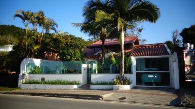 Casa Código 9609 para Venda  no bairro Canasvieiras na cidade de Florianópolis