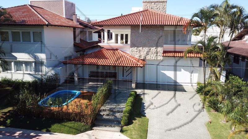 Casa Código 9700 para Temporada  no bairro Jurerê Internacional na cidade de Florianópolis