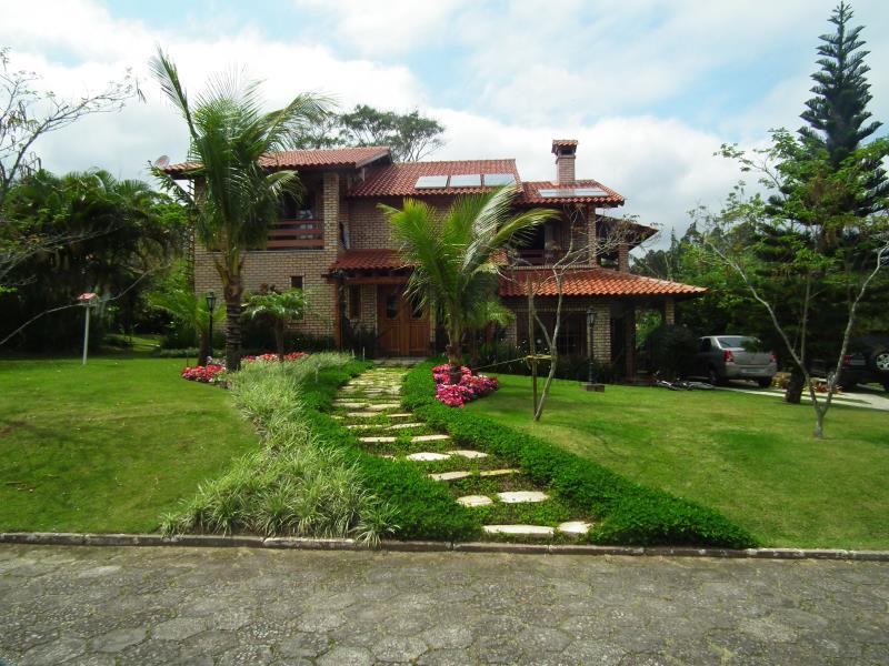 Casa Código 9829 para Temporada no bairro Cacupé na cidade de Florianópolis