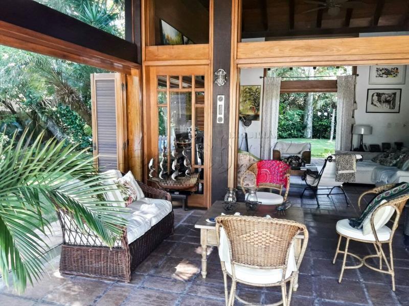 Casa Código 9863 a Venda  no bairro Jurerê Internacional na cidade de Florianópolis