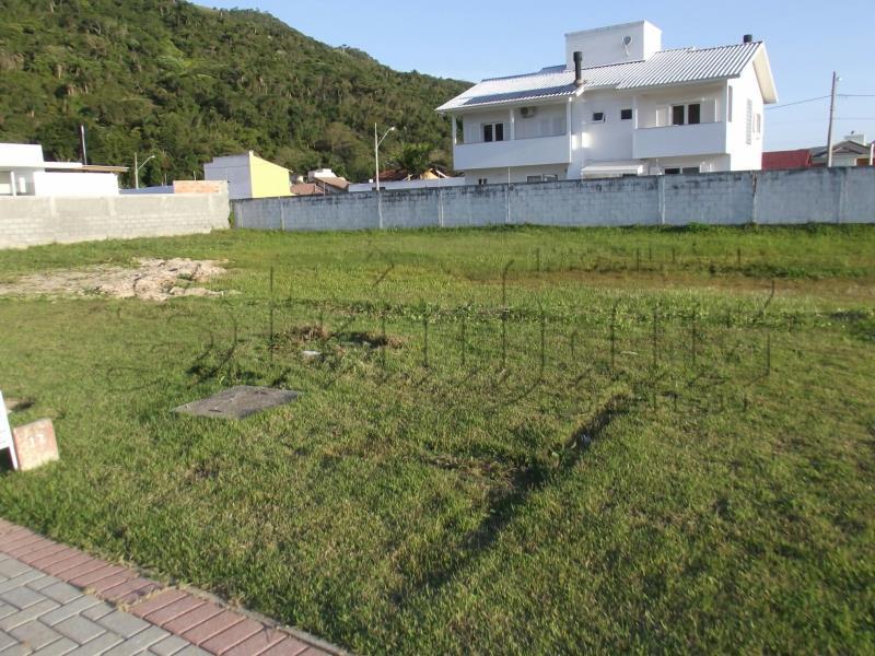 Terreno Código 9898 para Venda no bairro Cachoeira do Bom Jesus na cidade de Florianópolis