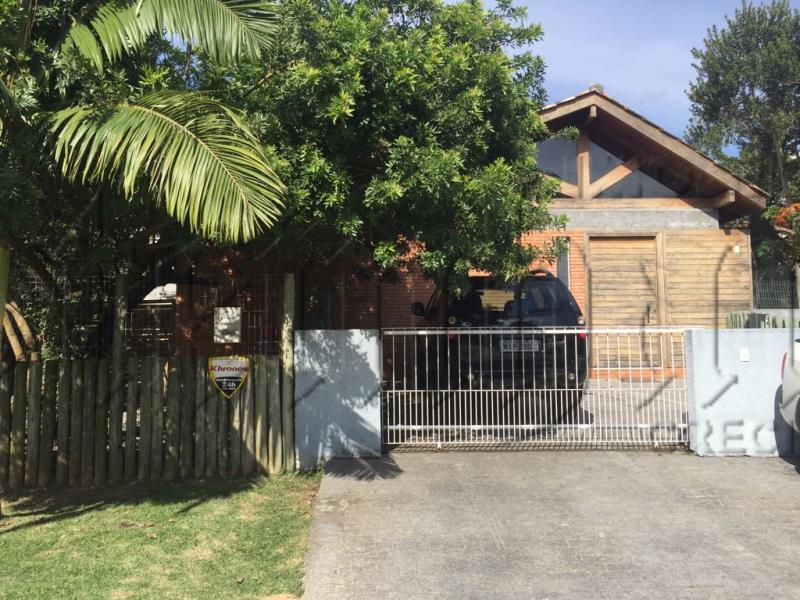 Casa Código 9918 para alugar no bairro Jurerê na cidade de Florianópolis