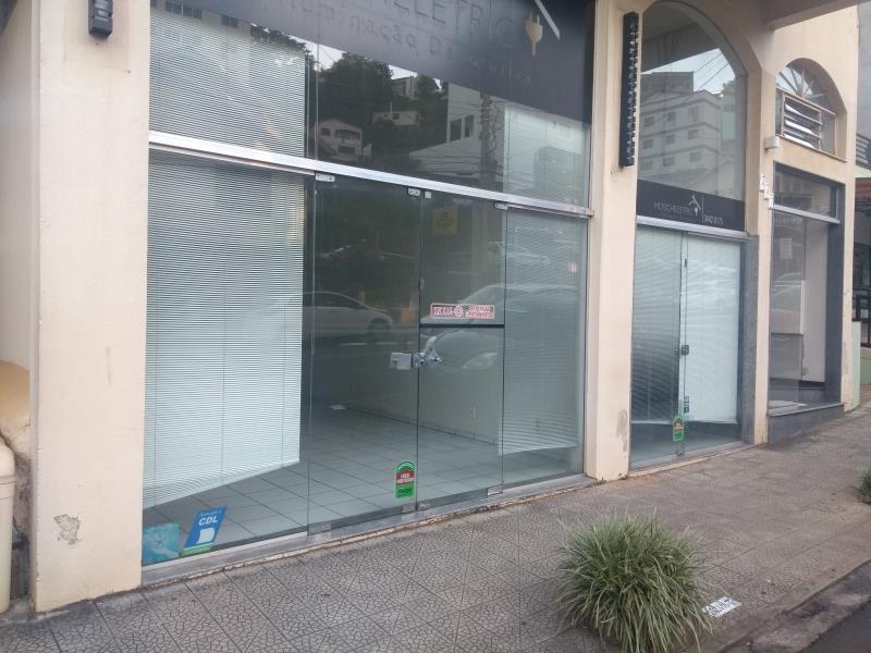 Sala-Código-220-para-Alugar--no-bairro-Centro-na-cidade-de-Concórdia