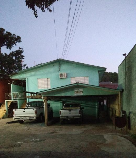 Casa-Código-221-para-Alugar--no-bairro-Centro-na-cidade-de-Concórdia