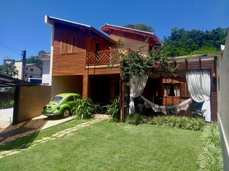 Casa-Código-300-para-Alugar--no-bairro-Jardim-na-cidade-de-Concórdia