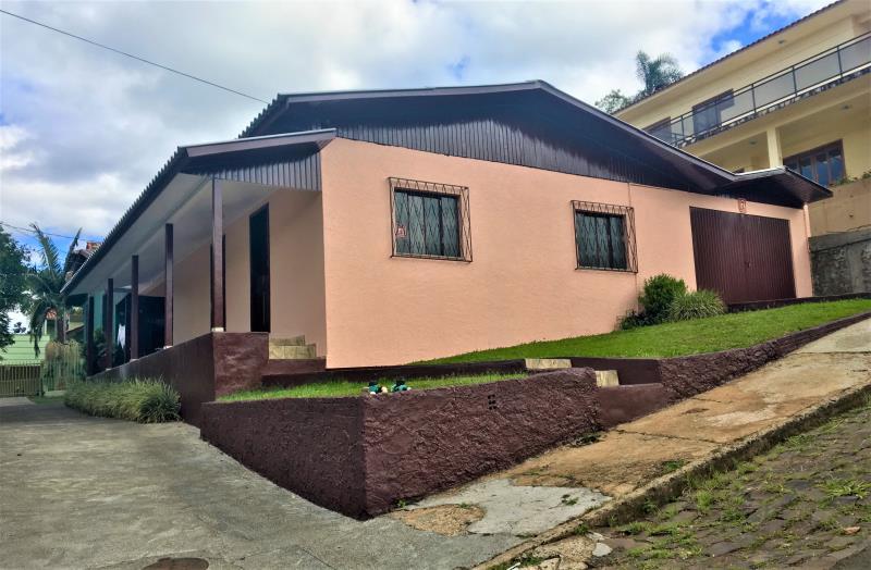 Casa-Código-303-para-Alugar--no-bairro-Loteamento Sunti-na-cidade-de-Concórdia