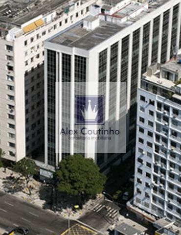 CENTRO EMPRESARIAL VISCONDE DE OURO PRETO -  Situado na rua Visconde de Ouro Preto, na esquina da Praia de Botafogo, 100m da estação do metrô Botafogo, a 50 m do Botafogo Praia Shopping, o edifício corporativo é simplesmente um sucesso, com boa apresentação, tecnologia de ponta e localização ímpar, podemos considerar um dos melhores centros empresáriais da cidade. As lajes possuem ar condicionado central, piso elevado, forro modular. Disponibilidade total: 2.864.64 m2 Lages apartir de 716,16...