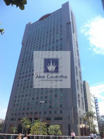 EDIFÍCIO METROPOLITAN - AV. REPÚBLICA DO CHILE - Lajes corporativas disponíveis para locação no centro, RJ.  Temos 2.854 m² disponível no edifício. Suas lajes corporativas possuem 928,16m2, 969,50m2 e 956,55m², atualmente temos 3 lajes disponíveis (alugamos juntas ou separadas). As lajes  corporativas estão em open space possuem ar condicionado central, piso elevado, 8 banheiros, 1 copa, 18 vagas (cada). O edifício que é de padrão elevado, possui total infraestrutura, conta com14 elevadores,...