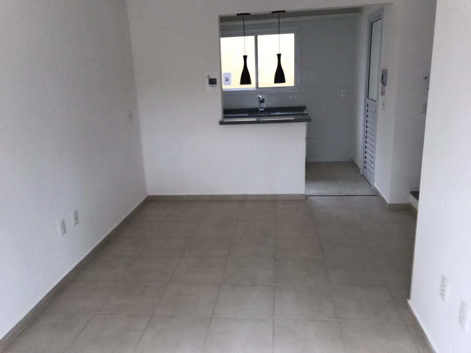 Casa+Codigo+727+a+Venda+no+bairro+Vila Areao+na+cidade+de+Taubaté+Condominio+recanto dos ipês