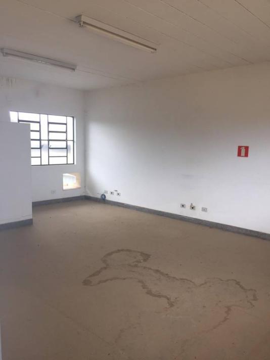 Sala+Codigo+761+para+alugar+no+bairro-Jardim Santa Luzia+na+cidade+de+Pindamonhangaba+Condominio+