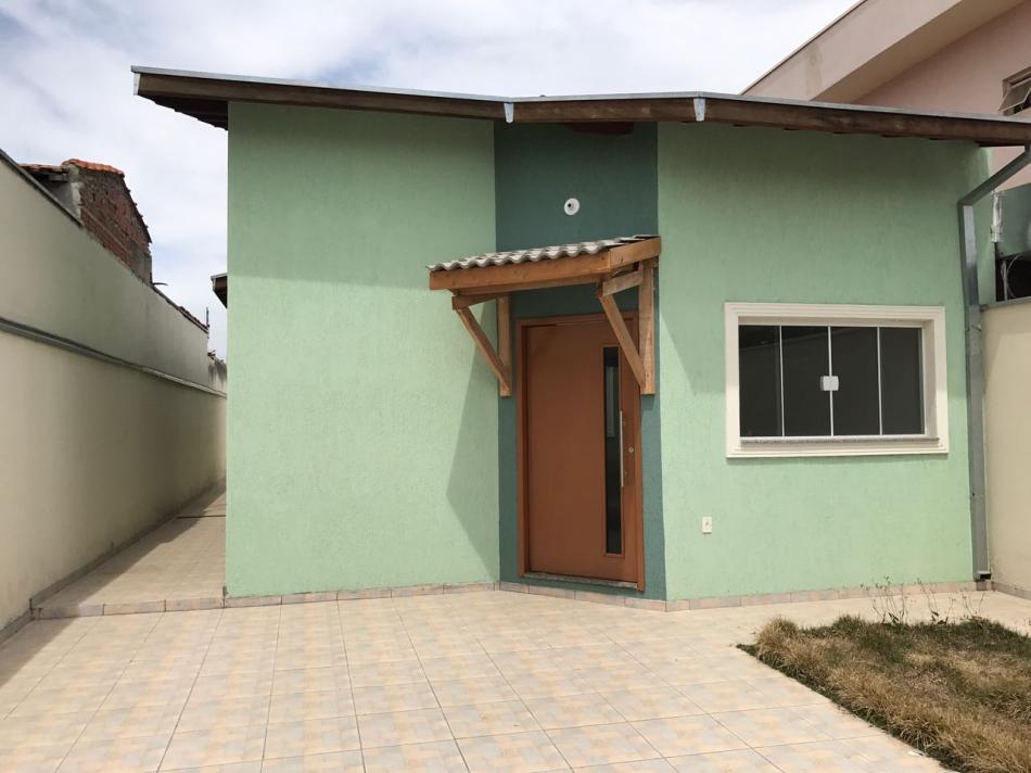 Casa-Codigo-778-para-Alugar--no-bairro-Água Preta-na-cidade-de-Pindamonhangaba