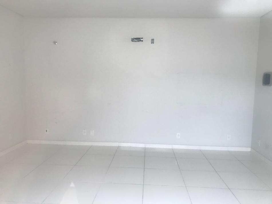 Sala+Codigo+807+para+alugar+no+bairro-Centro+na+cidade+de+Pindamonhangaba+Condominio+fortunato moreira