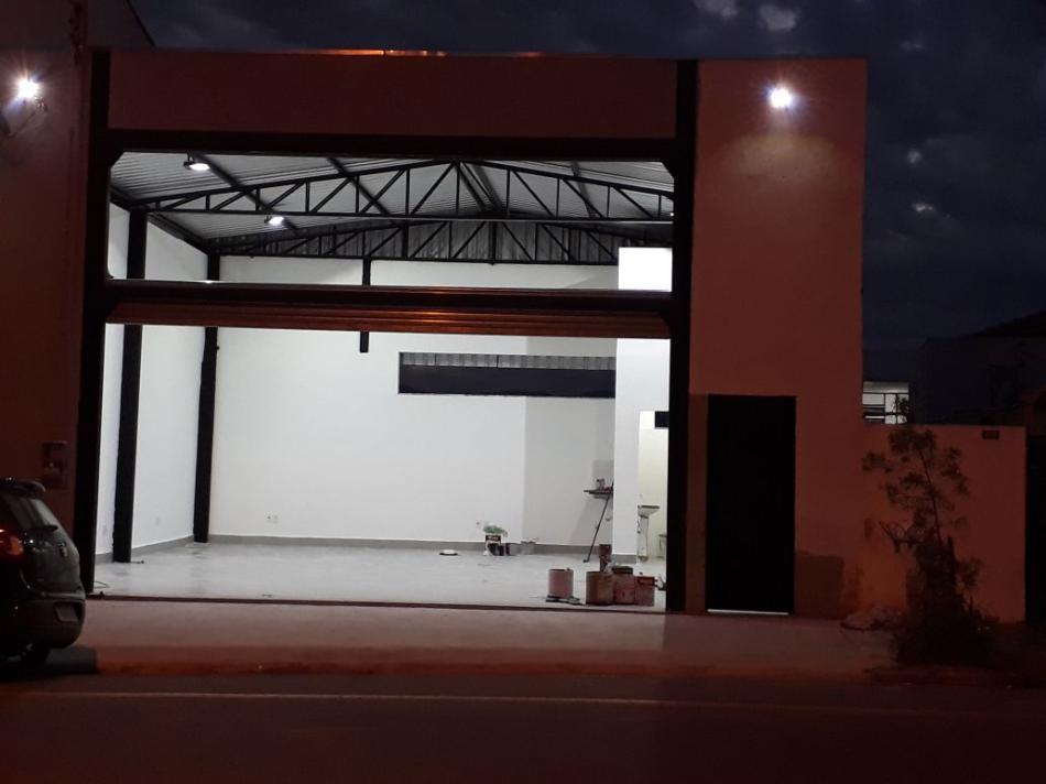 Ponto Comercial+Codigo+824+para+alugar+no+bairro-Chácara Galega+na+cidade+de+Pindamonhangaba+Condominio+