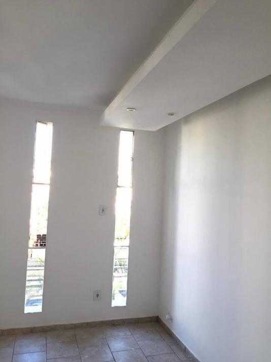 Sala+Codigo+341+para+alugar+no+bairro-Centro+na+cidade+de+Pindamonhangaba+Condominio+