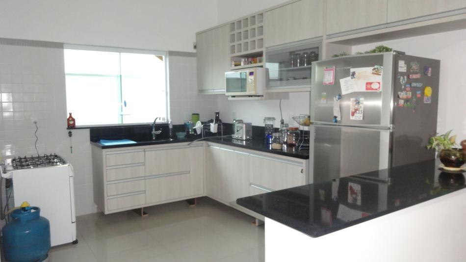 Condominio-Codigo-684-a-Venda-Campos do Conde 2 Versailles-no-bairro-Centro-na-cidade-de-Tremembé