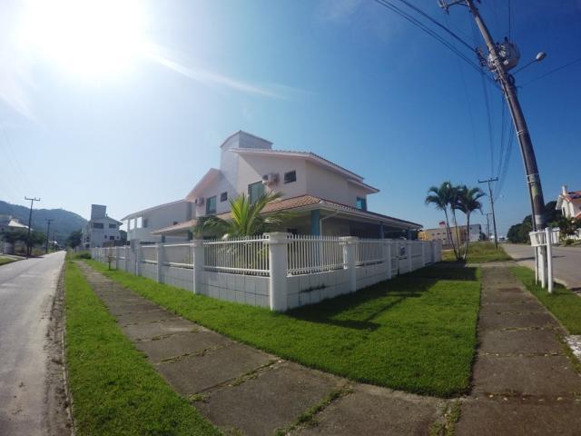 Casa - Código 99 para Temporada  no bairro Palmas na cidade de Governador Celso Ramos