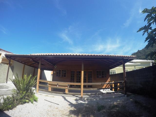 Casa - Código 122 para Temporada  no bairro Palmas na cidade de Governador Celso Ramos