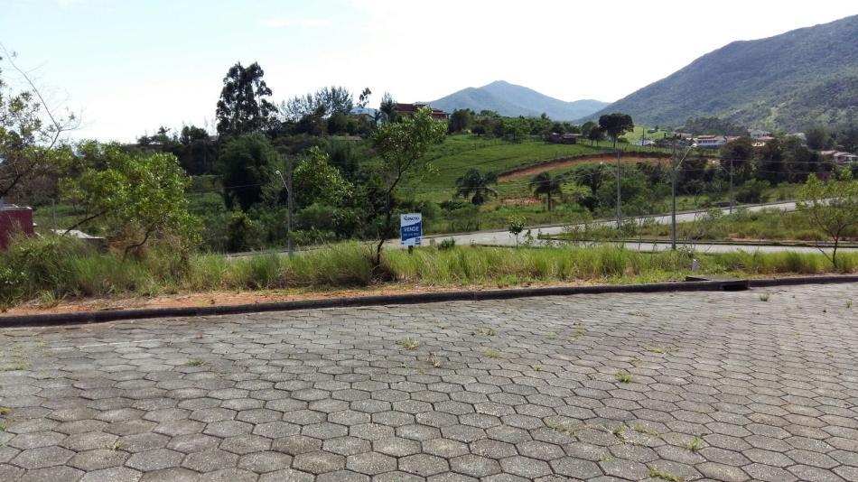 Terreno - Código 303 a Venda  no bairro Areias Do meio na cidade de Governador Celso Ramos