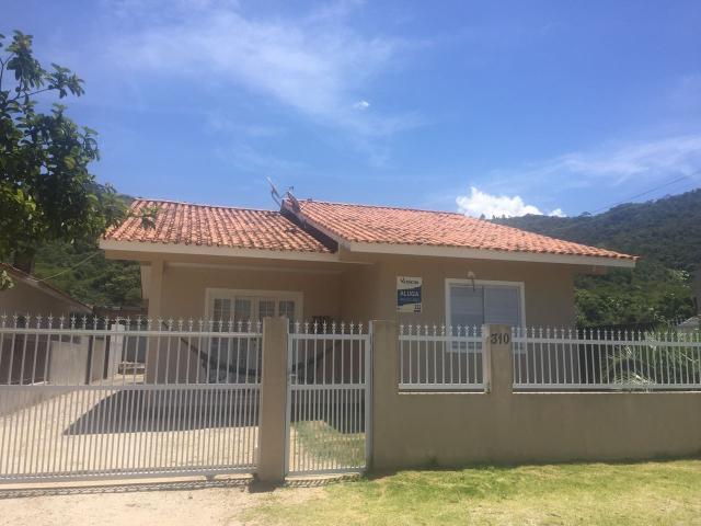 Casa - Código 2 para Temporada  no bairro Palmas na cidade de Governador Celso Ramos