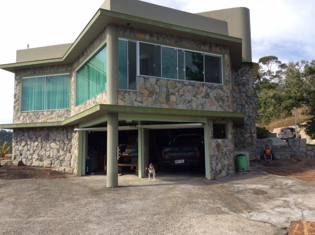 Casa - Código 230 a Venda  no bairro CALHEIROS na cidade de Governador Celso Ramos