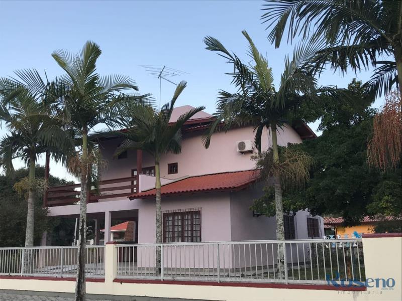 Casa - Código 23 para Temporada  no bairro Centro na cidade de Governador Celso Ramos