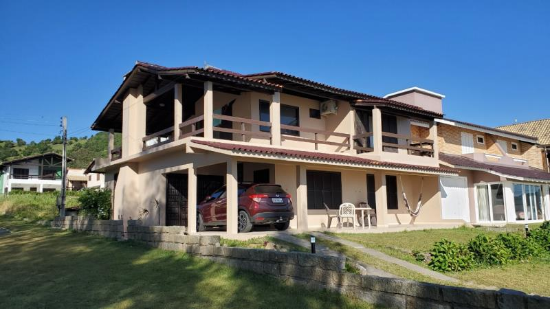 Casa-Codigo-16-para-Aluguel-Temporada--no-bairro-Morrinhos-na-cidade-de-Garopaba