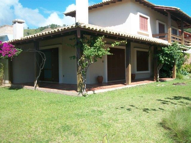 Casa-Codigo-83-para-Aluguel-Temporada--no-bairro-Morrinhos-na-cidade-de-Garopaba