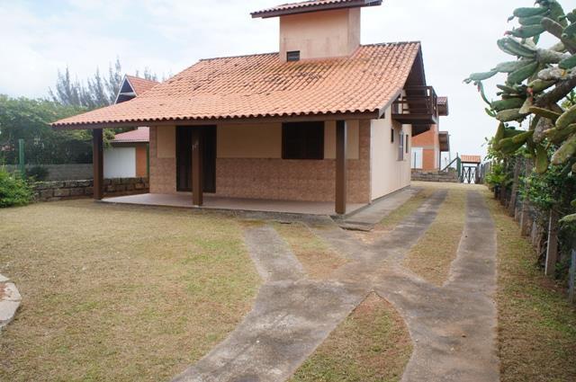 Casa Código 110 para Temporada no bairro Centro na cidade de Garopaba