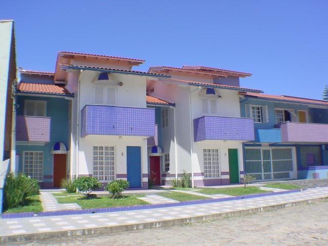 Sobrado Código 151 para Aluguel Temporada Jomar no bairro Centro na cidade de Garopaba