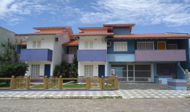 Sobrado Código 152 para Temporada no bairro Centro na cidade de Garopaba