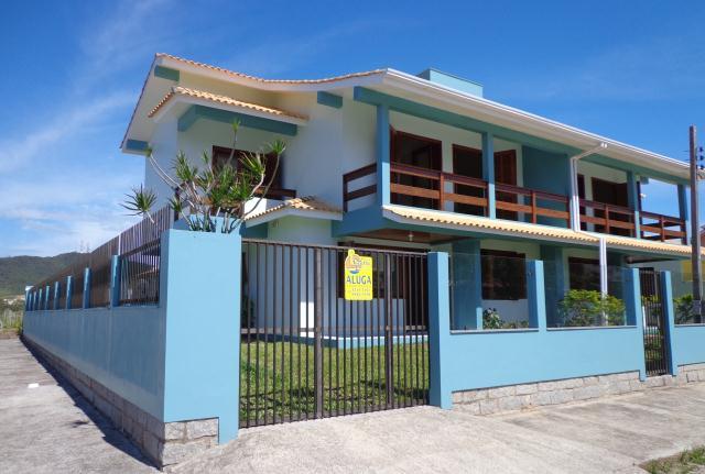 Sobrado Código 148 para Temporada no bairro Centro na cidade de Garopaba