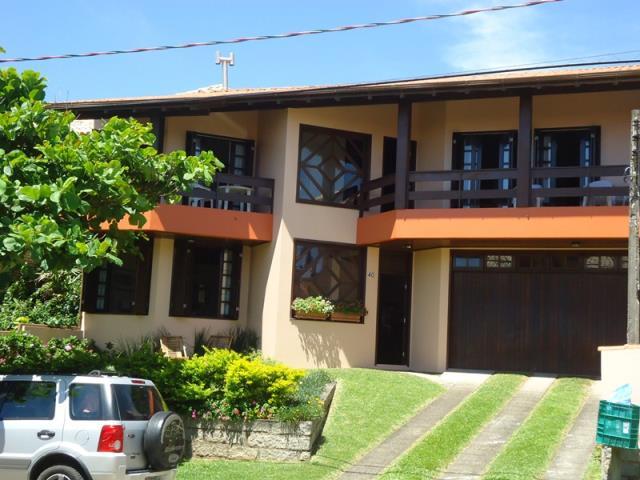 Casa Código 70 para Temporada no bairro Morrinhos na cidade de Garopaba