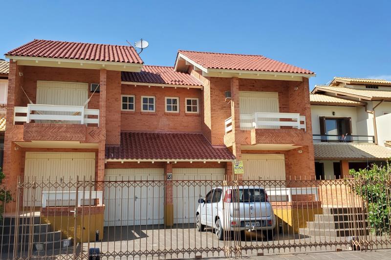 Sobrado Código 91 para Temporada no bairro Morrinhos na cidade de Garopaba