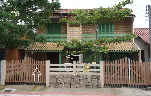 Apartamento Código 144 para Temporada no bairro Centro na cidade de Garopaba