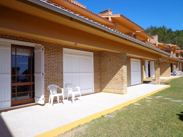 Triplex Geminado-Codigo-32-a-Venda--no-bairro-Morrinhos-na-cidade-de-Garopaba-Condominio-