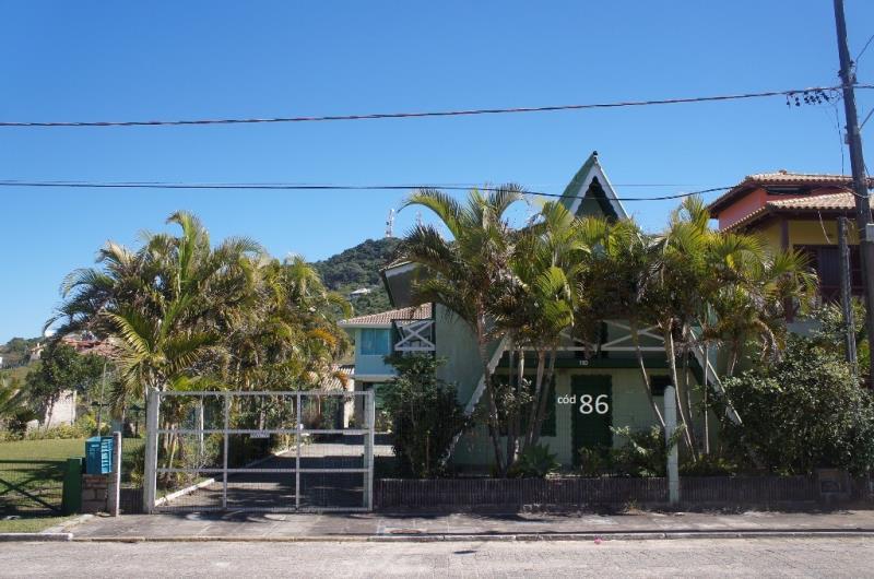 Casa Código 86 para Temporada no bairro Morrinhos na cidade de Garopaba
