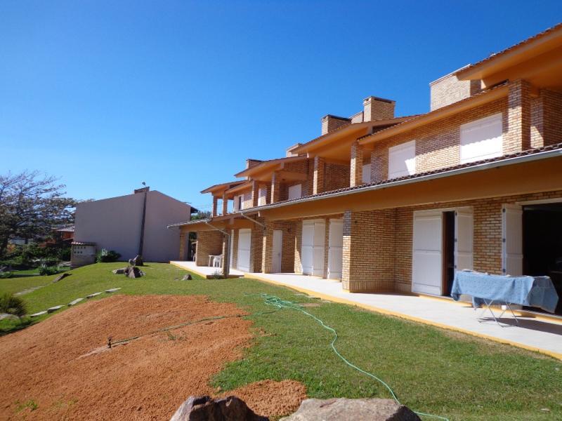 Duplex - Geminada Código 33 para Temporada no bairro Morrinhos na cidade de Garopaba