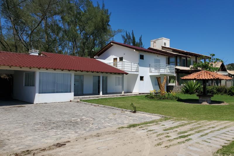 Casa Código 5 para Temporada no bairro Centro na cidade de Garopaba