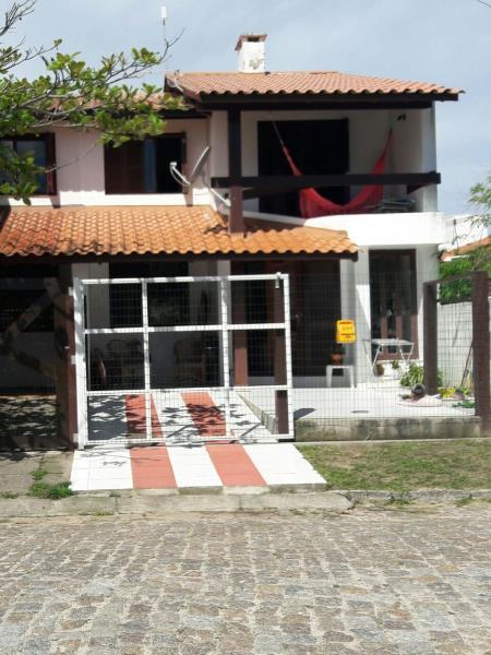 Sobrado Código 108 para Temporada no bairro Centro na cidade de Garopaba